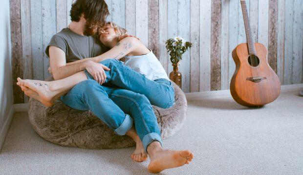 Männer mit gepflegten Füßen kommen bei Frauen besser an