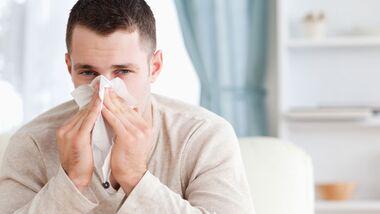 Manche Heuschnupfen-Symptome ähnlen denen von Covid-19