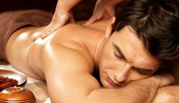 Massagen helfen auch dem Darm zu entspannen
