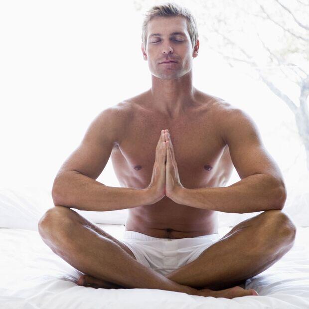 Meditation am Tag hilft, abends besser einzuschlafen