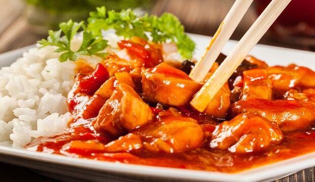 Meiden Sie Saucen, zum Beispiel beim Asia-Mann