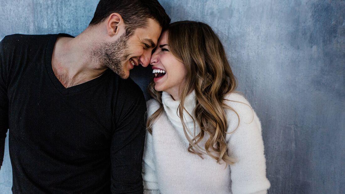 Micro-Dating sorgt dafür, dass die große Liebe auch nach Jahren noch ordentlich kribbelt