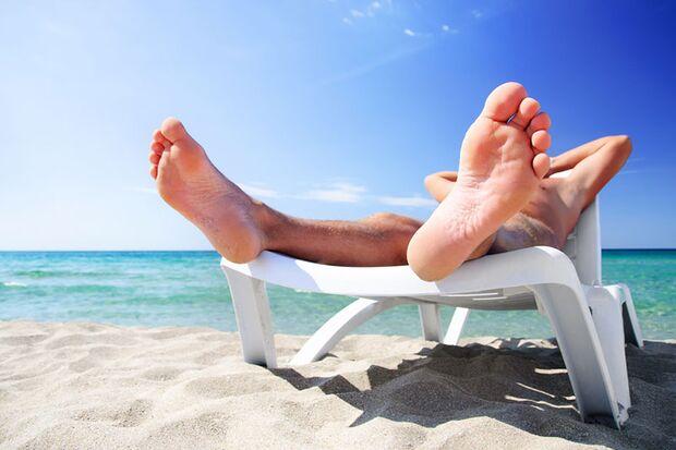 Mit Hilfe von Sonnerschein stellt der Körper Vitamin D her