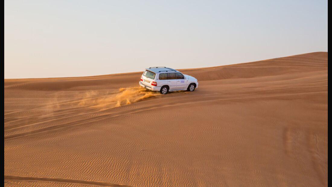Mit dem Geländewagen durch die Sahara