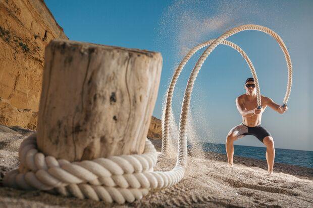 Mit den wilden Seilen können Sie fast überall trainieren