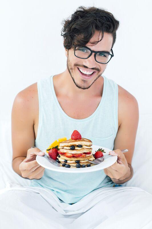 Mit frischem Obst schmecken Protein-Pancakes noch besser