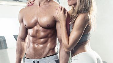 Mit unserem erprobten 8-Wochen-Plan für Einsteiger und Fortgeschrittene bringen wir deinen Body in Flirt-Topform