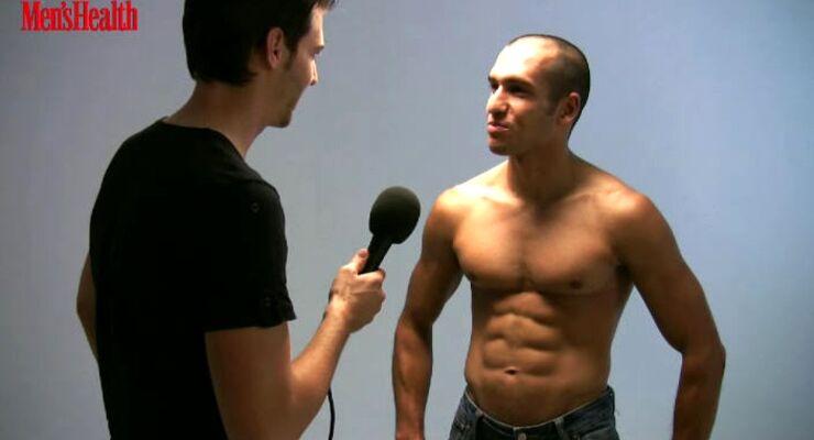 Model Sven Friedrich gibt Waschbrett-Tipps