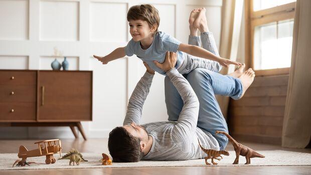 Na klar soll man mit dem eigenen Kind spielen! Aber 24 Stunden am Tag?