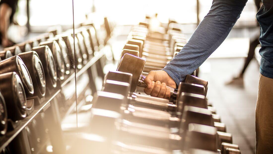 Nach über 7 Wochen des Stillstands dürfen nun auch langsam die Fitnessstudios wieder öffnen