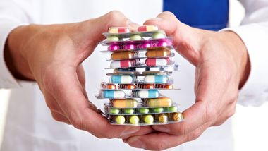 Nicht jede Medizin tut Ihnen gut – schlucken sie nicht einfach alles, was man Ihnen vorsetzt