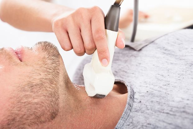 Whether a thyroid gland is enlarged, can be examined well with ultrasound