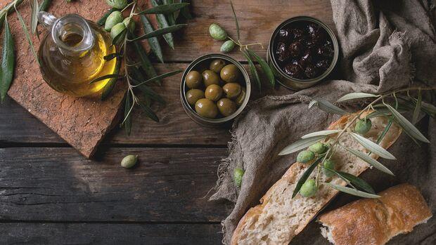 Oliven und Olivenöl schützen deine Gehirnzellen