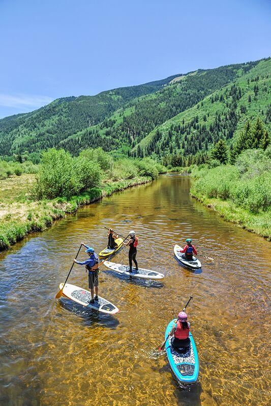 Outdoor-Sport: Stand up Paddling auf dem Roaring Fork River