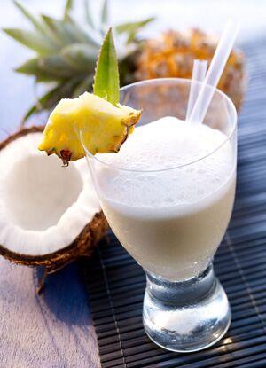 Palmenkuss ist ein Mineralwasserdrink, ideal für heiße Tage