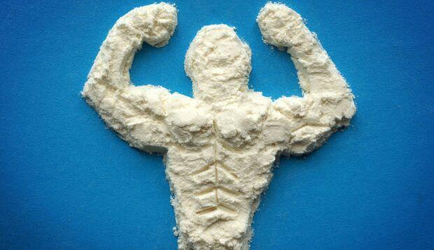 Proteinpulver ist der Klassiker unter den Nahrungsergänzungsmitteln zum Muskelaufbau