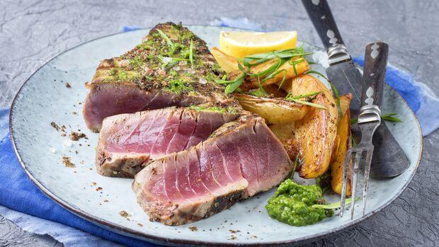 Rezept: Thunfischsteak mit Kartoffeln