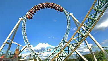 Rollercoaster des Wahnsinns: Colossus-Achterbahn im Thorpe Park in England