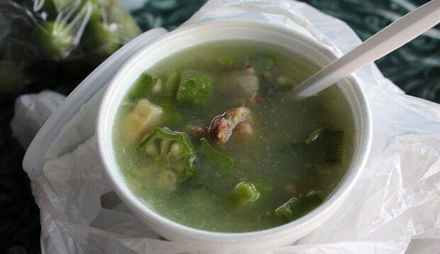 Schleimige Angelegenheit: Suppe aus Okraschoten