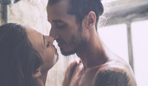 Sex in der Dusche: Er macht nur nicht Spaß, er kann auch gegen den Kater helfen