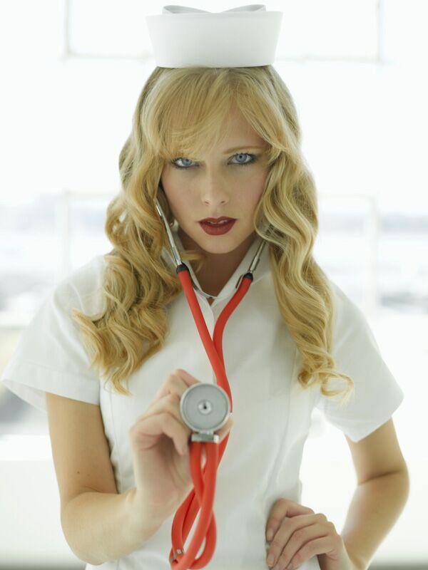 Sexy, sexy: Die Krankenschwester auf Platz 2