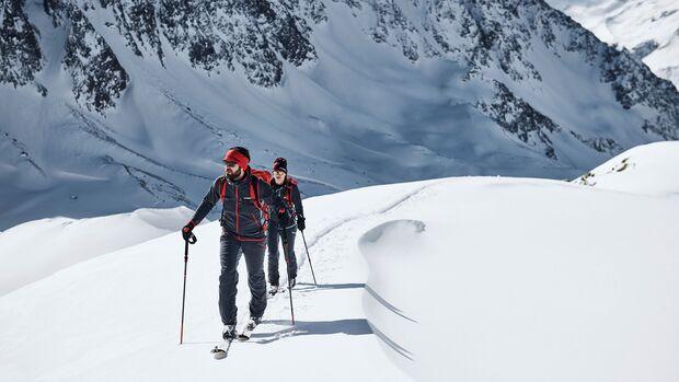 Skitourengehen ist der perfekte Mix aus Ausdauer, Kraft und Entspannung