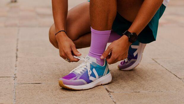 Sneaker-Pflege SS21 / Veja