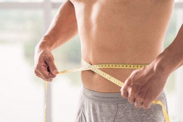 So messen Sie Ihren Taillenumfang korrekt