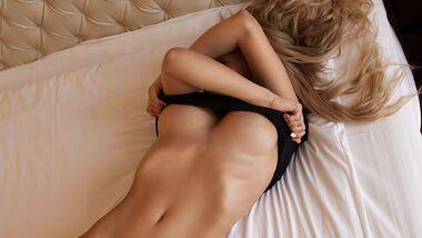 So wollen Frauen an den Brustwarzen berührt werden