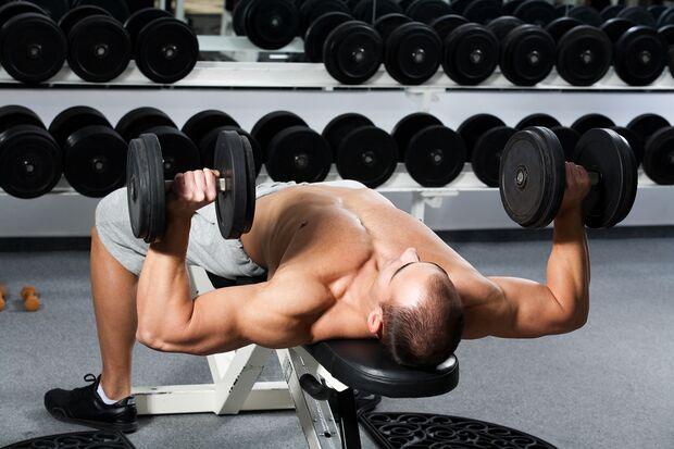 Splitten bedeutet nicht, das Hantelgewicht zu trennen – vielmehr geht es um die Aufteilung der Muskelgruppen