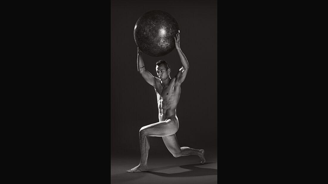 Sportstars nackt: Frank Stäbler – Dass bei Ringern ein ästhetisch aussehender Körper herauskommt, liegt auch intensiven Krafteinheiten