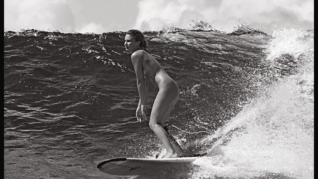 Sportstars nackt: Janni Hönscheid – Dieses selbstverständliche Stehen ist nichts als Körperspannung
