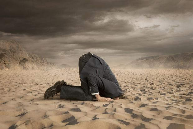 Stecken Sie nicht den Kopf in den Sand
