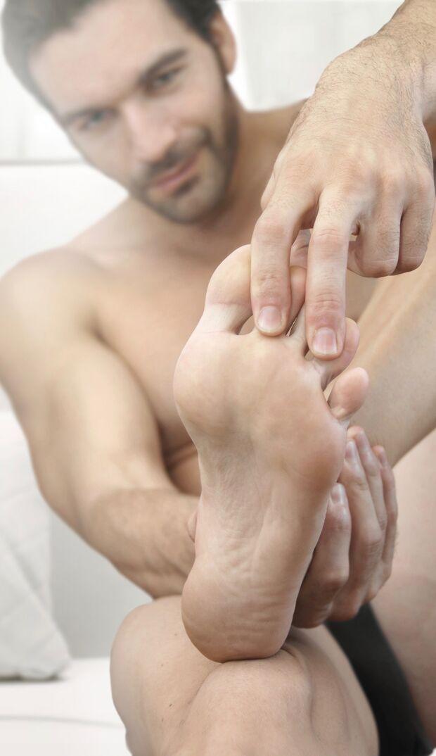 Stinkende Füße dauerhaft bekämpfen