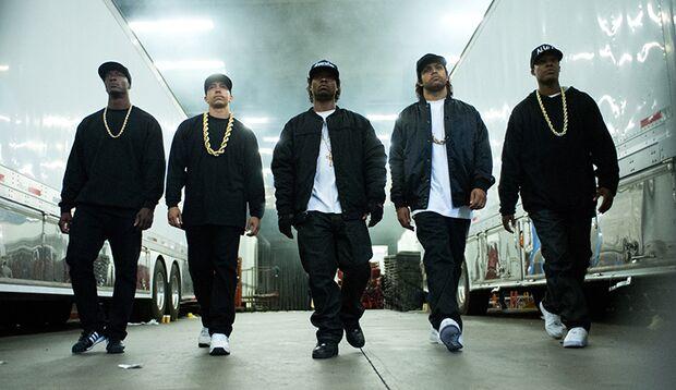 Straight Outta Compton ist ein eindringlicher und packender Film über die Rap-Szene der US-Westküste