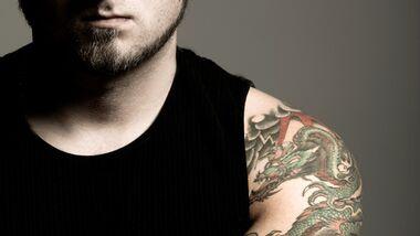 Tattoo auf Muttermal gefährlich?