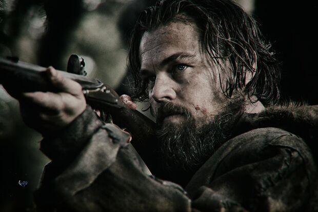 Trapper Hugh Glass (Leonardo DiCaprio) führt 1823 eine Gruppe von Pelzjägern durch die Wildnis