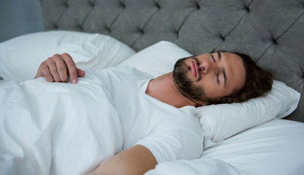 Trotz der Betriebsruhe im Körper ist der Schlaf ein äußerst aktiver Zustand