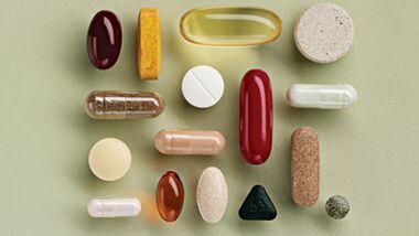Unkontrollierte Kombination verschiedener Medikamente kann tödlich enden