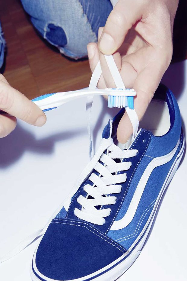 Vans-Off-the-Wall-Sneaker