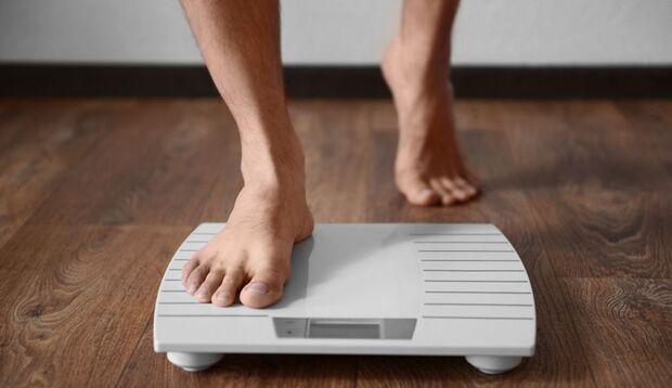Während der Militär-Diät verlieren Sie hauptsächlich Wasser