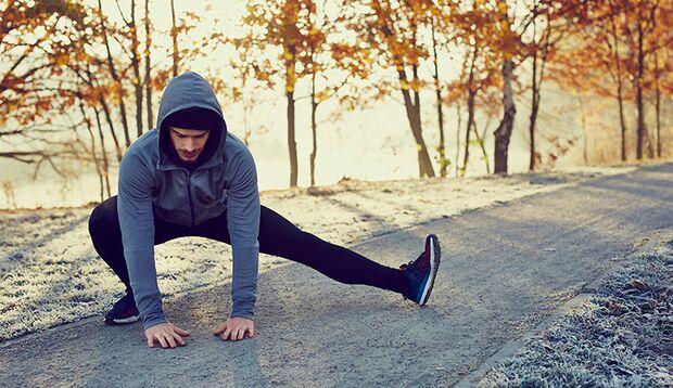 Wärmen Sie sich vor dem Training in der Kälte stets gut auf.