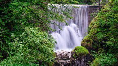 Wasserfall in der Rappenlochschlucht