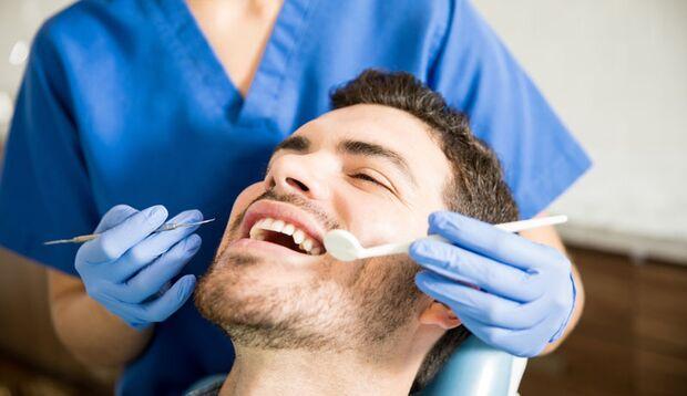 Wenn die sportliche Leisung nachlässt, sollten Sie Ihre Zähne kontrollieren lassen