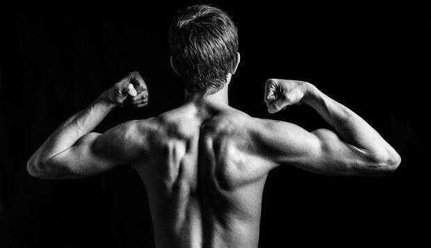 Wer als Jugendlicher zu anabolen Steroiden greift, hört früher auf zu wachsen