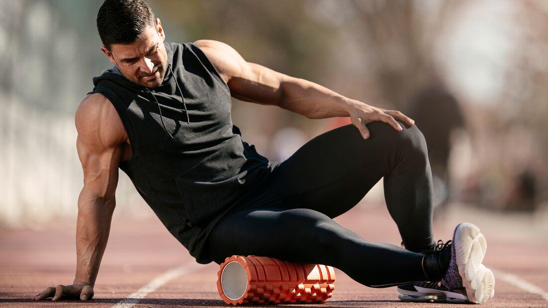 Wer sein Bindegewebe trainiert, ist angeblich beweglicher, schneller und hat schneller ein Sixpack. Stimmt das?