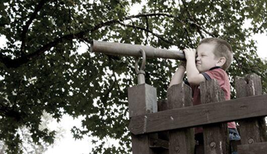 Wissbegieriges Kind