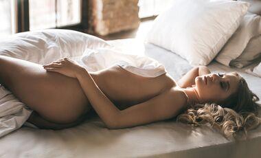 Wohin schauen Männer bei nackten Frauen zuerst?
