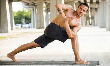 Yoga für Männer ist effektiv!
