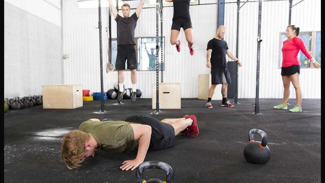 Zirkeltraining macht Sie schneller, kurbelt die Fettverbrennung an und formt Ihre Muskeln